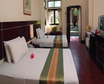 Adi Dharma Cottages - Superior Twin Bedroom