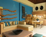 Ahimsa Beach - Kitchen & Dining Area
