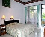 Bakung Beach Cottages - Double Room