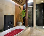 Bhavana Private Villas - Bathroom