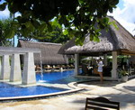 Rama Beach Resort & Villas - Pool & Bar